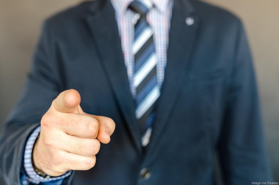 [businessman-competitive-advantage%5B9%5D]