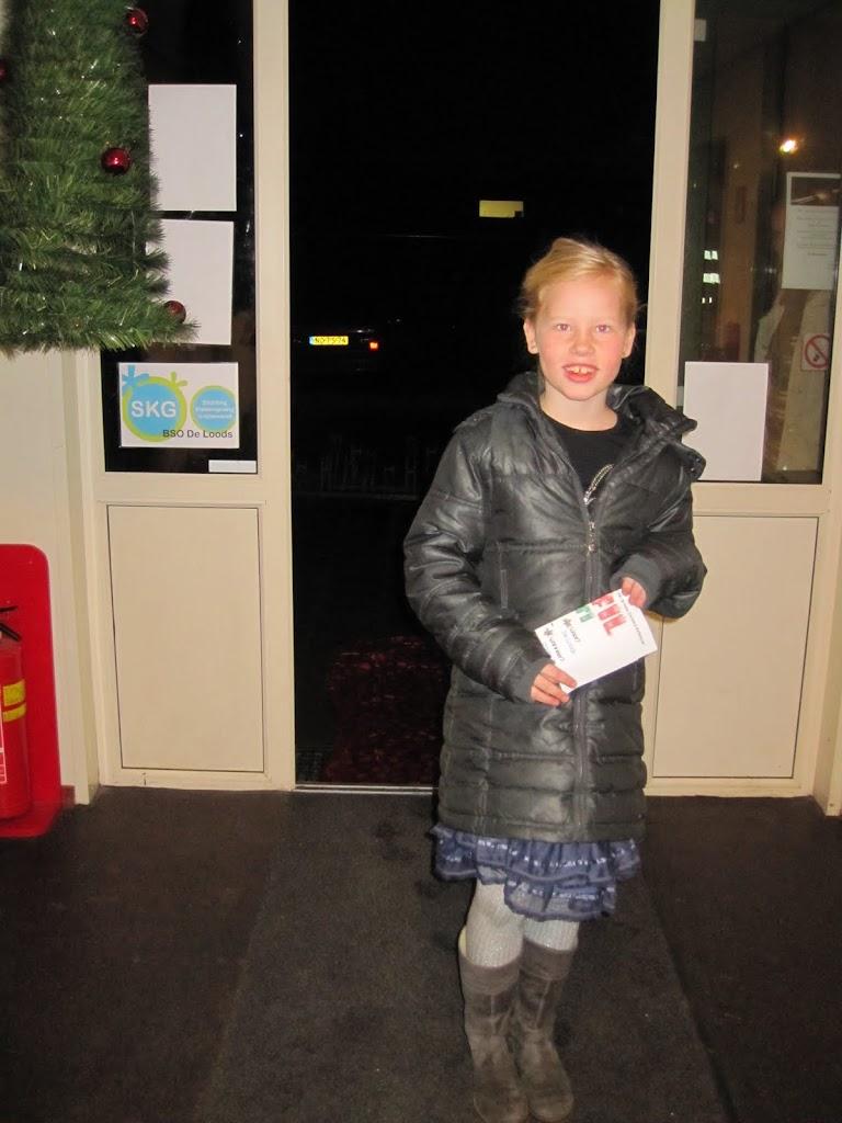 Bevers & Welpen - Kerst filmavond 2012 - IMG_7478.JPG