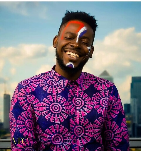 Adekunle Gold Looking Dapper In New Ankara Outfit (Photos)