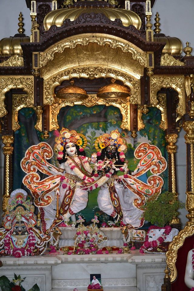 ISKCON Ujjain  Deity Darshan 22 July  2016 (2)