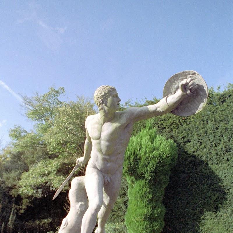 Blenheim_12 Statue.jpg