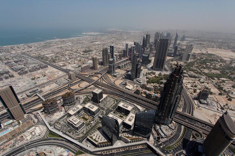 Vistas de Dubai desde lo alto del Burj Khalifa