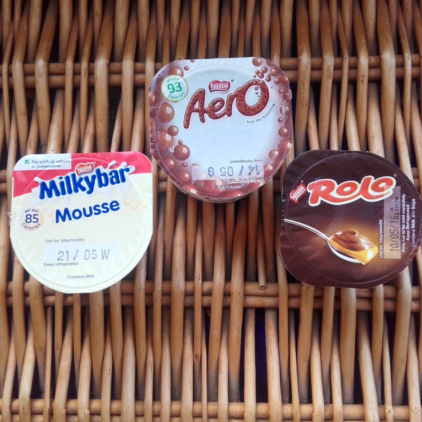 Holly Lois Milkybar Aero And Rolo Mousse
