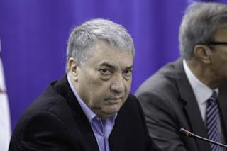 Benflis sur l'affaire El Khabar-Cevital: Il y a «instrumentalisation de la justice»