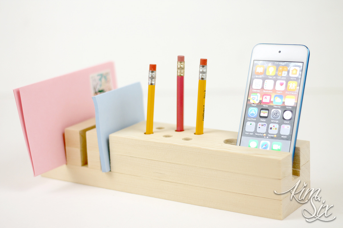 Desk organizer from single board