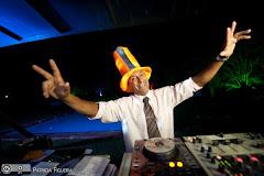 Foto 2515. Marcadores: 02/04/2011, Casamento Andressa e Vinicius, DJ, DJ Ze Ricardo, Teresopolis