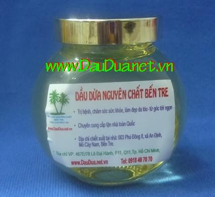Để tiện lợi bạn nên đặt lọ tinh dầu dừa nguyên chất trong nhà tắm và phòng ngủ
