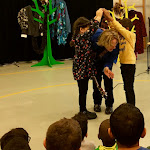 Voorstelling kinderboekenweek interactief muzikaal theater ZieZus met humor liedjes meespelen IMG_2931.jpg