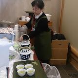 20160217農水「和の空間」入念なお茶淹れ.jpg