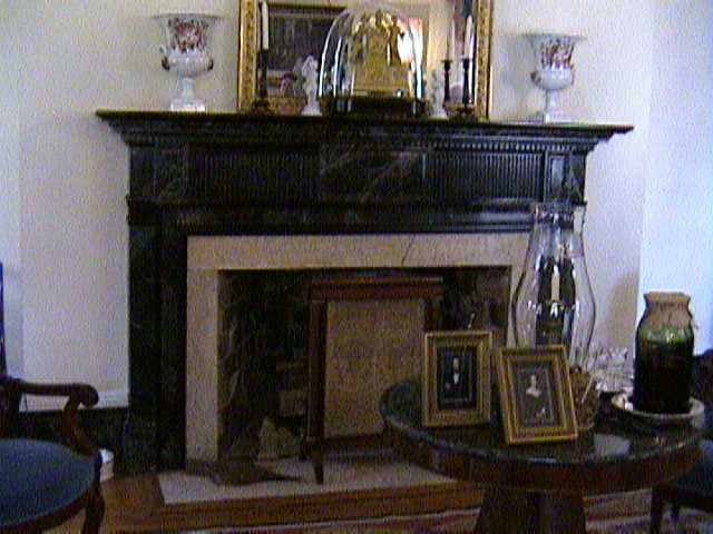 1130Inside_a_Southern_Mansion_-_New_Orleans