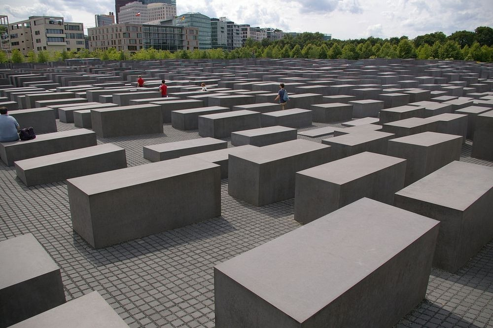 memorial-murdered-jews-europe-berlin-5
