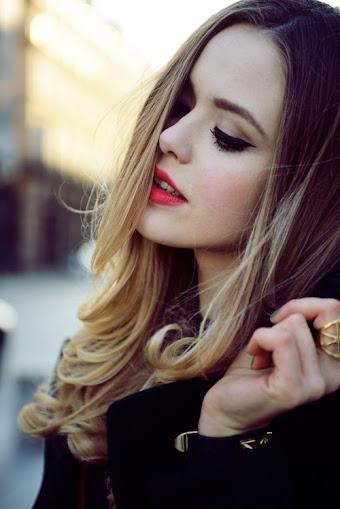 صور رومنسية - صور بنات جميلة بالروج الاحمر رومانسي