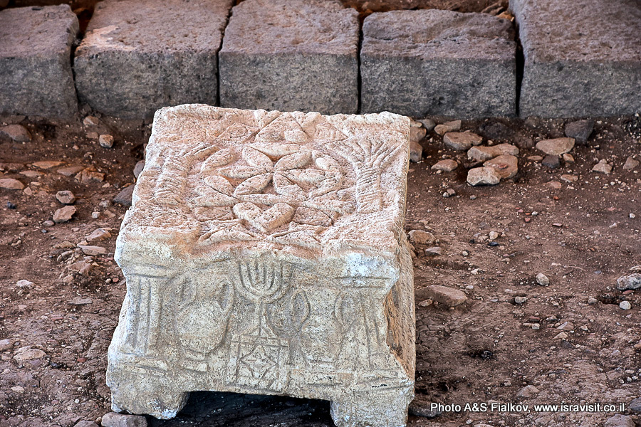 Магдала, изображение миноры в древней синагиге. Археология и раскопки. Экскурсия Светланы Фиалковой.