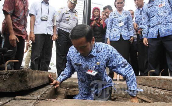 Minta Dikritik, Pertanda Jokowi Sudah Mulai Ditinggalkan Rakyat