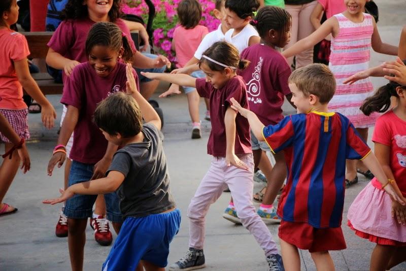 Festa infantil i taller balls tradicionals a Sant Llorenç  20-09-14 - IMG_4286.jpg