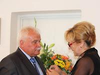11- A nagykövet Hrubíík Bélának is gratulál.JPG