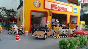 1:43 MG Centre Diorama