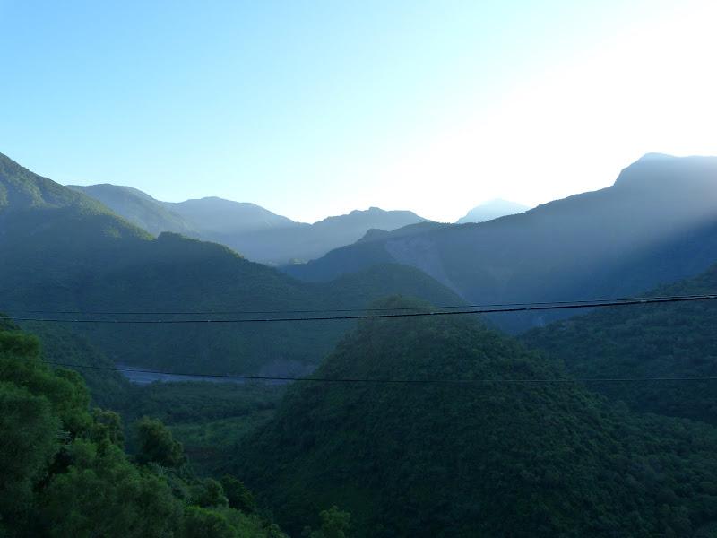 Tainan County.De Dona village à Meinong via Sandimen en scooter.J 12 - P1220304.JPG