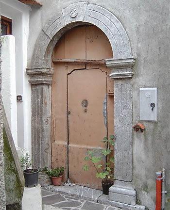 portali_L18.jpg