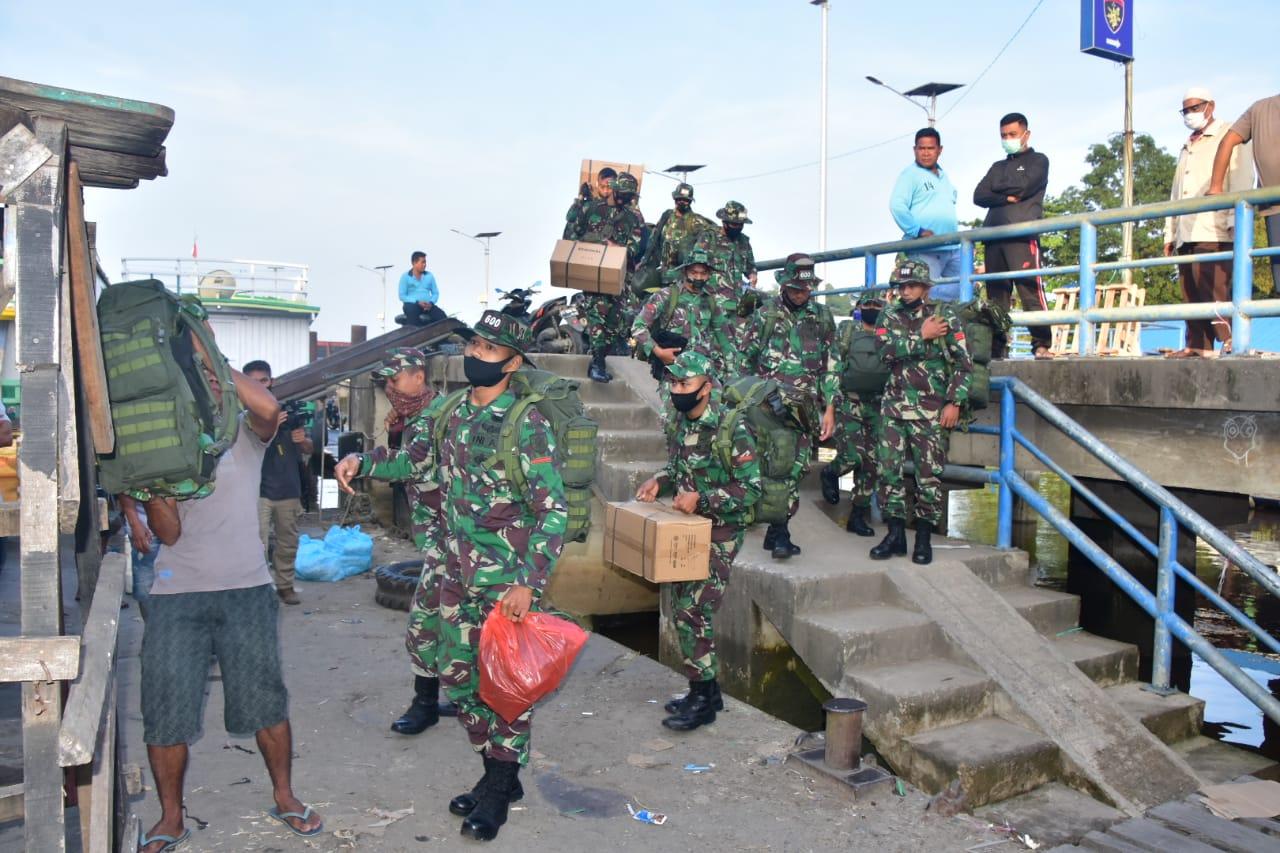 Prajurit Satgas TMMD ke-110 Diberangkatkan Hingga ke Perbatasan Malaysia