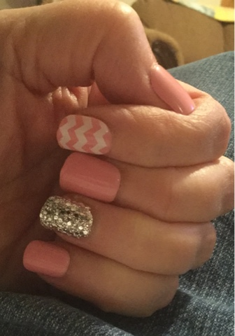 If You Do Stuff Gets Done Glue On Nails Pros Cons And Tips For Press