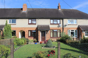 Mid-terrace home at Llandrinio