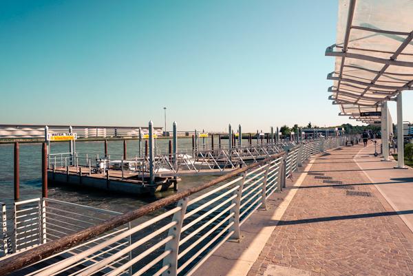 photo 201505 Venice Arrival-2_zpss9dazl6p.jpg