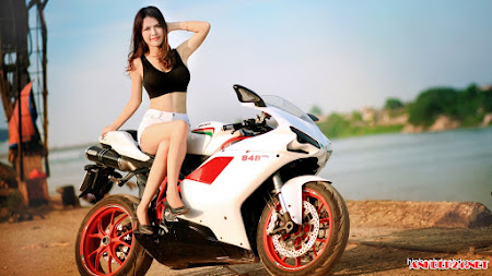 Bộ sưu tập người đẹp và xe môtô khủng, người mẫu xe cực đẹp