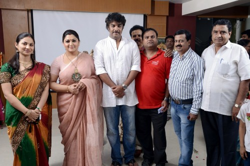 For Film Shooting in Japan, Ganesan Hari Narayanan is there. Planning to organize Kochadaiyan Audio Launch in Japan