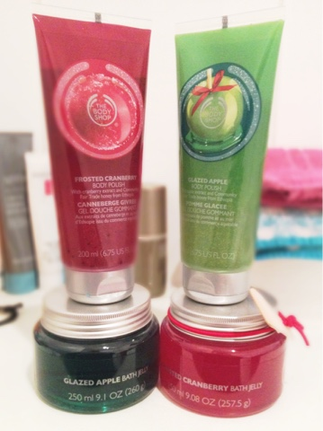 The Body Shop Glazed Apple & Frosted Cranberry