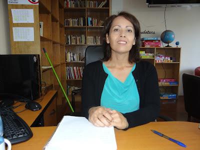 Elizabeth Villalobos Encargada de Biblioteca Elizabeth.Villalobos@Calc.cl