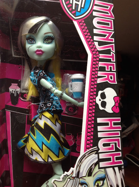 frankie-coffin-bean-monster-high