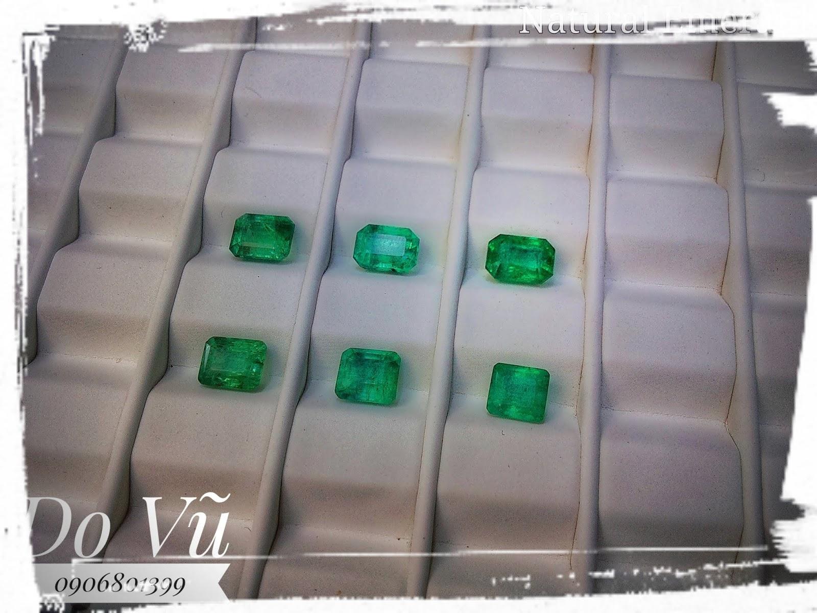 Đá quý Ngọc Lục Bảo thiên nhiên, Natural Emerald chất ngọc kính xanh chuẩn lửa mạnh ( 19/04/20, 04 )