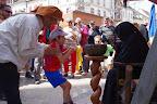 Spectacle de rue Le vrai-faux marché (11).JPG