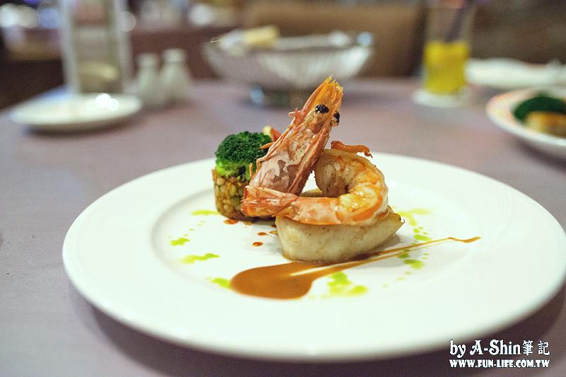 DSC 3357 - 台中西屯餐廳|映景觀餐廳,裕元花園酒店景觀餐廳來了,享受浪漫氣氛、美食饗宴。
