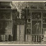 Pokoj-Karmazynowy-w-zamku-w-Podhorcach-1909.jpg