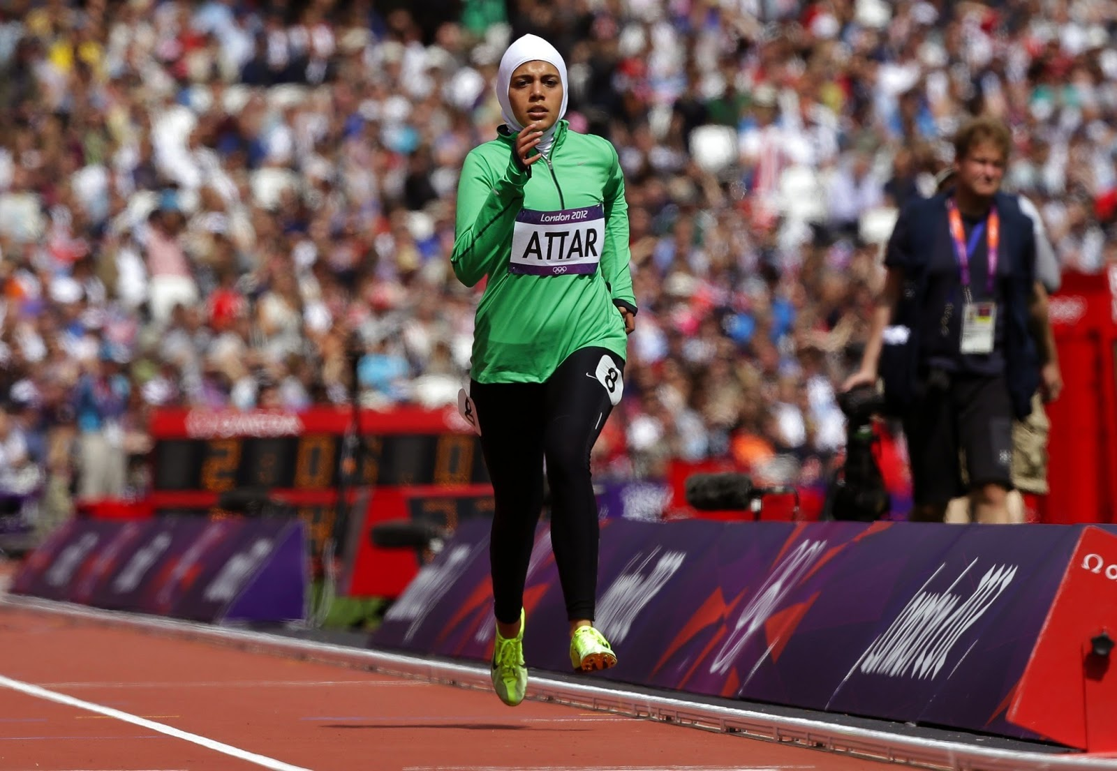 The Nike PRO Hijab Will Be Launched In The Spring Of Hijab - Nike is going to launch a hijab collection developed together with muslim athletes