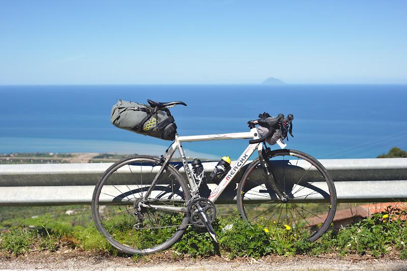 A fost probabil ultima tura cu Merckx, o cursiera ce chiar imi place si ce sper sa mai mearga multi kilometri de acum incolo.