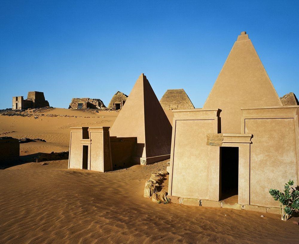 nubian-pyramids-11