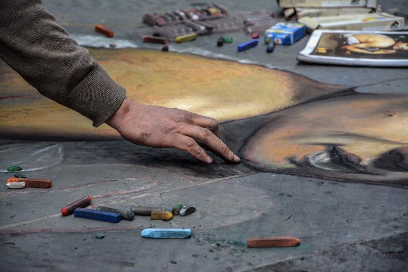 Artista e gessetti di marcopardiphoto
