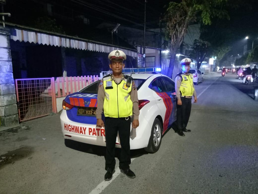 Antisipasi Keramaian Malam Minggu, Polres Tanjung Balai Gelar Patroli Blue Light