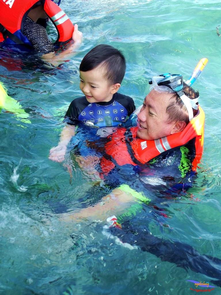 family trip pulau pari 140716 Fuji 070