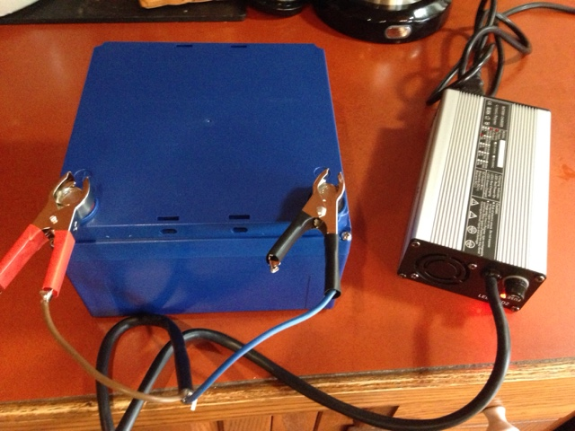 Brent's Travels: Installation Of LiFePo4 Prius House Battery