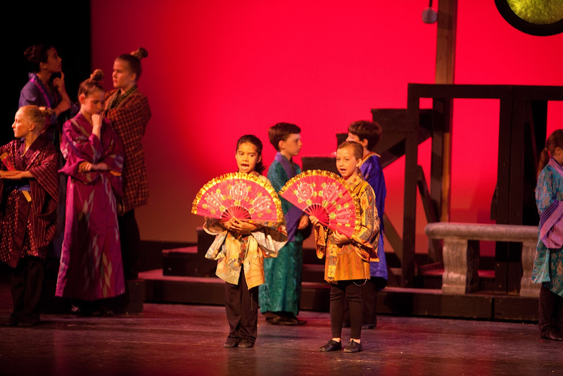 2014 Mikado Performances - Macado.jpg
