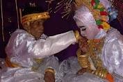 Ini Fakta, Menikah Beda Generasi, Bora Warga Desa Bana  Istrinya Ternyata !!!
