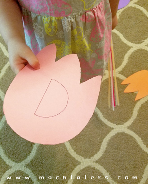 Musical Dino Tracks: A Fun dinosaur gross motor activity like musical chairs.