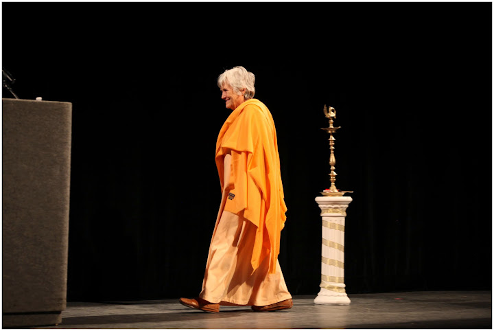 Swami Vivekananda Laser Show - IMG_6456.JPG