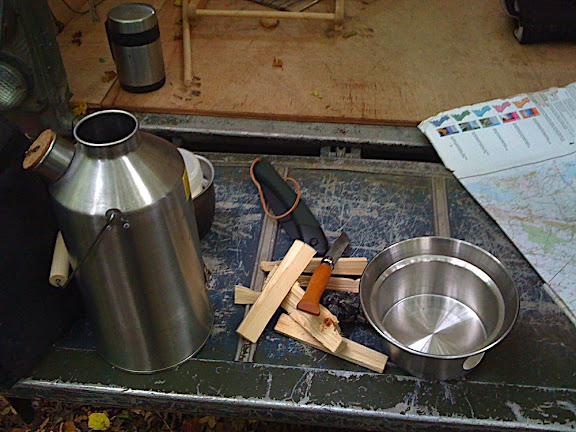 Kelly Tea stop. Kelly Kettle (brand new 3pint stainless steel one) and some pine sticks ready on the tailgate for starting up a brew.