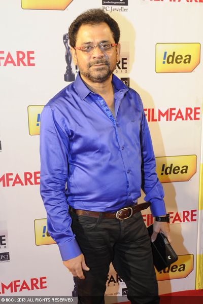 Director Anees Bazmee gets clicked on his arrival at the red carpet of 58th Idea Filmfare Awards 2013, held at Yash Raj Films Studios in Mumbai.Click here for:<br />  58th Idea Filmfare Awards