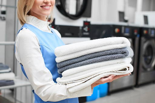 Why to Contact Wash and Fold Laundry Service?